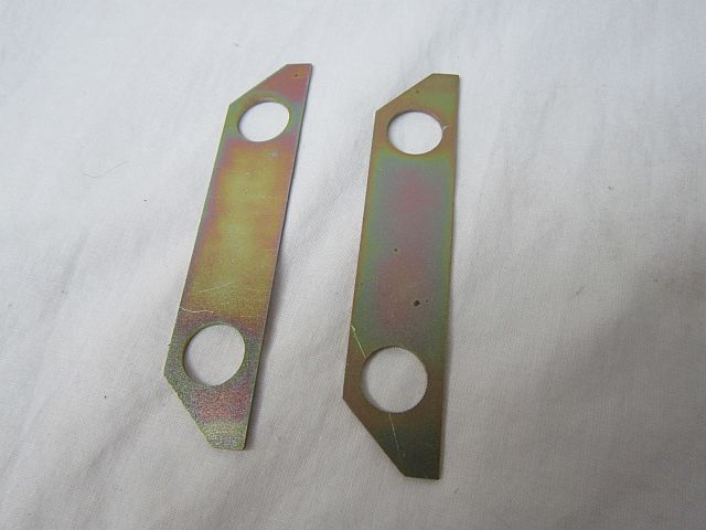 Aston Martin DB5 girling rear caliper bolt locking plate set